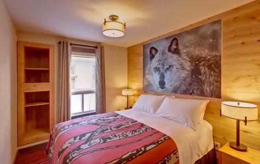 One Bedroom Wolf Condo